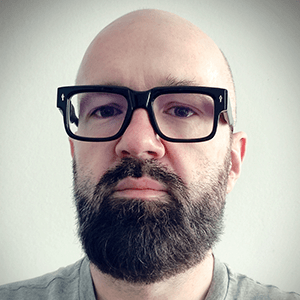 Piotr Rzepka - dyrektor programowy VOX FM, dyrektor programowy VOX Music TV, dyrektor programowy sieci radia PLUS