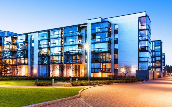 Oszczędzanie energii elektrycznej. Jak oszczędzać energię w budynku wielorodzinnym?